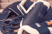 Eskadron Tendon Boots Platinum Mesh FauxFur